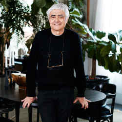 Rafael Viñoly at his home in New York