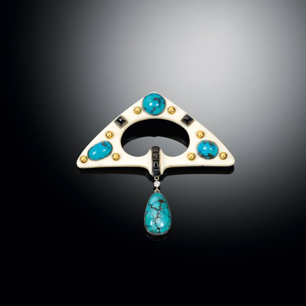 A Fouquet c1922 gold, chalcedony, turquoise, onyx and diamond brooch, £145,000, from Sandra Cronan