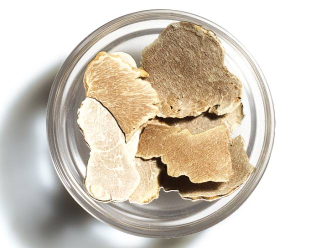 Alba freeze-dried white truffles, €109 for 2.5g, from TartufLanghe