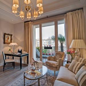 A deluxe suite at the Palazzo Parigi, Milan