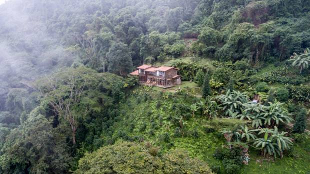 Casa Galavanta occupies a secluded spot in the cloud forest