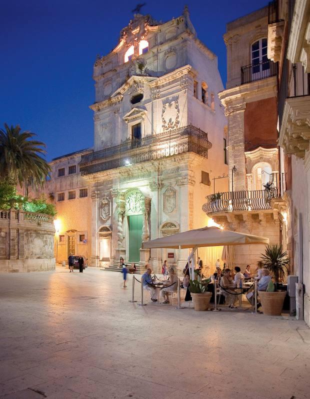 Regina Lucia restaurant, Piazza Duomo.