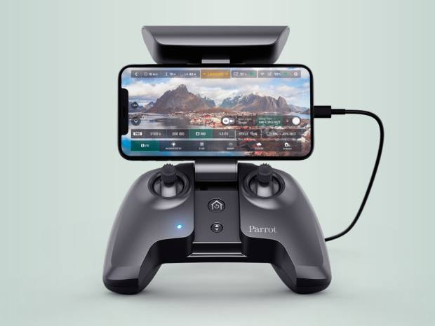 The Anafi's redesigned hand controller with phone dock