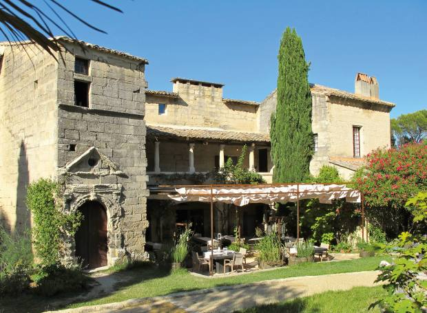 L'Artémise restaurant, set in an old farmhouse in the south of France