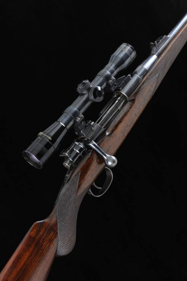 A .275 bolt-action sporting rifle, estimated at £2,500-£3,500