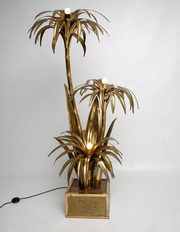 Gold-leaf-covered palm-tree lamp, made in France in the 1950s, €2,550.