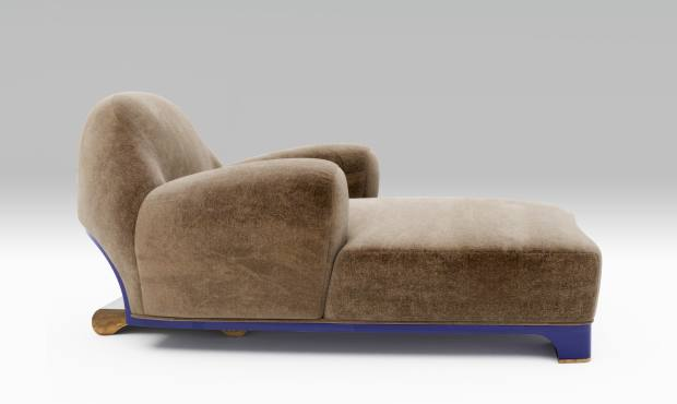 Velvet, walnut and cast-bronze Tato chaise longue (edition of 20), €34,800