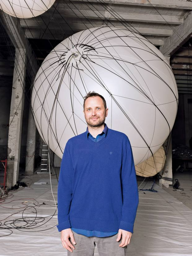 Argentinian artist Tomás Saraceno