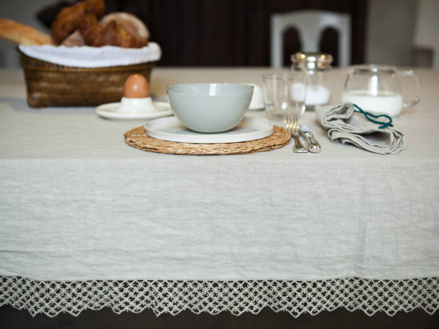 Once Milano macramé-trimmed tablecloth, €490