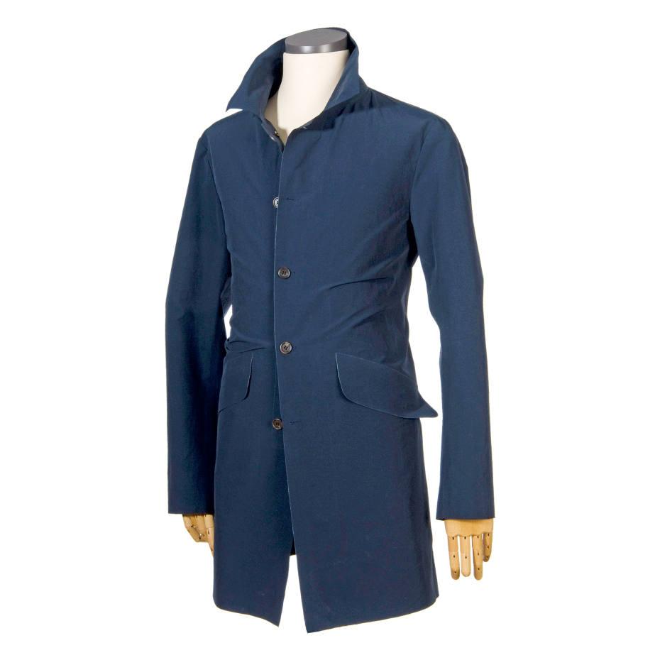 D'Avenza laser-edge unlined raincoat, £995