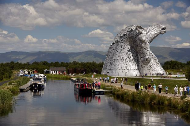 Scott's Clydesdale-inspired horse heads sculpture in Falkirk