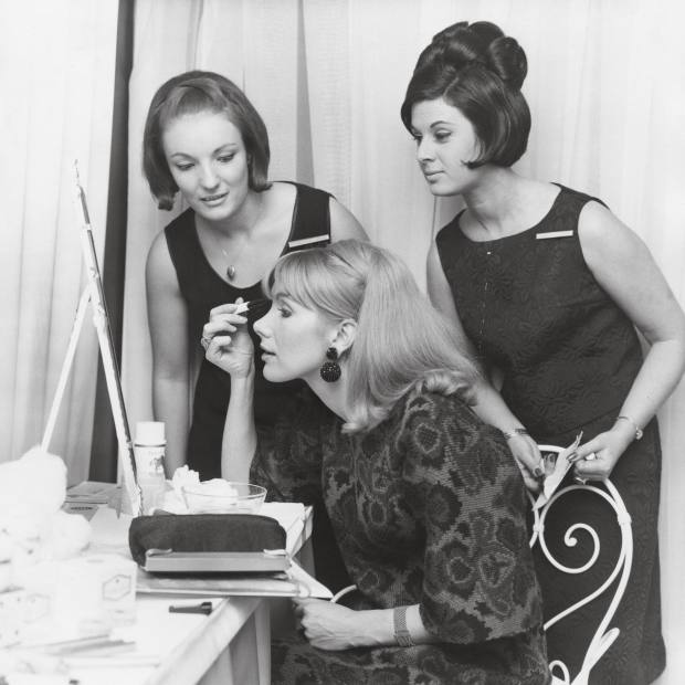 Susan Hampshire refreshing her make-up at the 1966 Bafta Film Awards