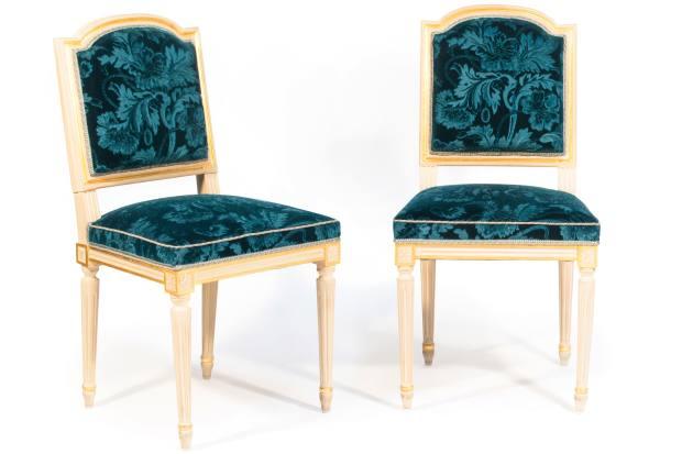 Louis XVI-style chairs, estimate €300-€400
