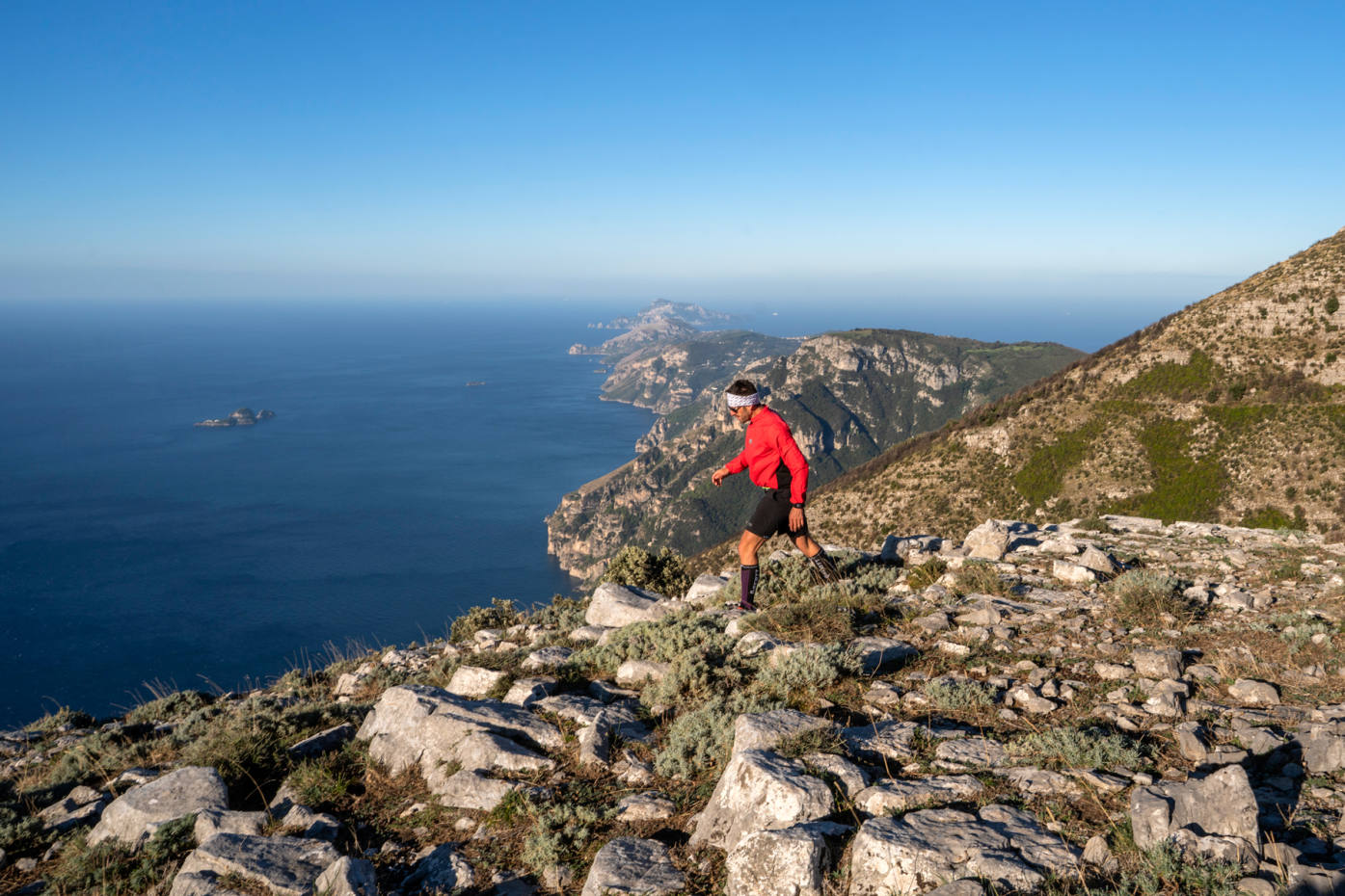 Guests who check in for the Dolce Vitality by Le Sirenuse experience will start the day with an invigorating hike across the island, passing lemon groves and churches
