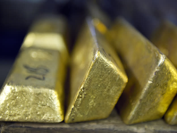 Gold: the hedge against currency collapse