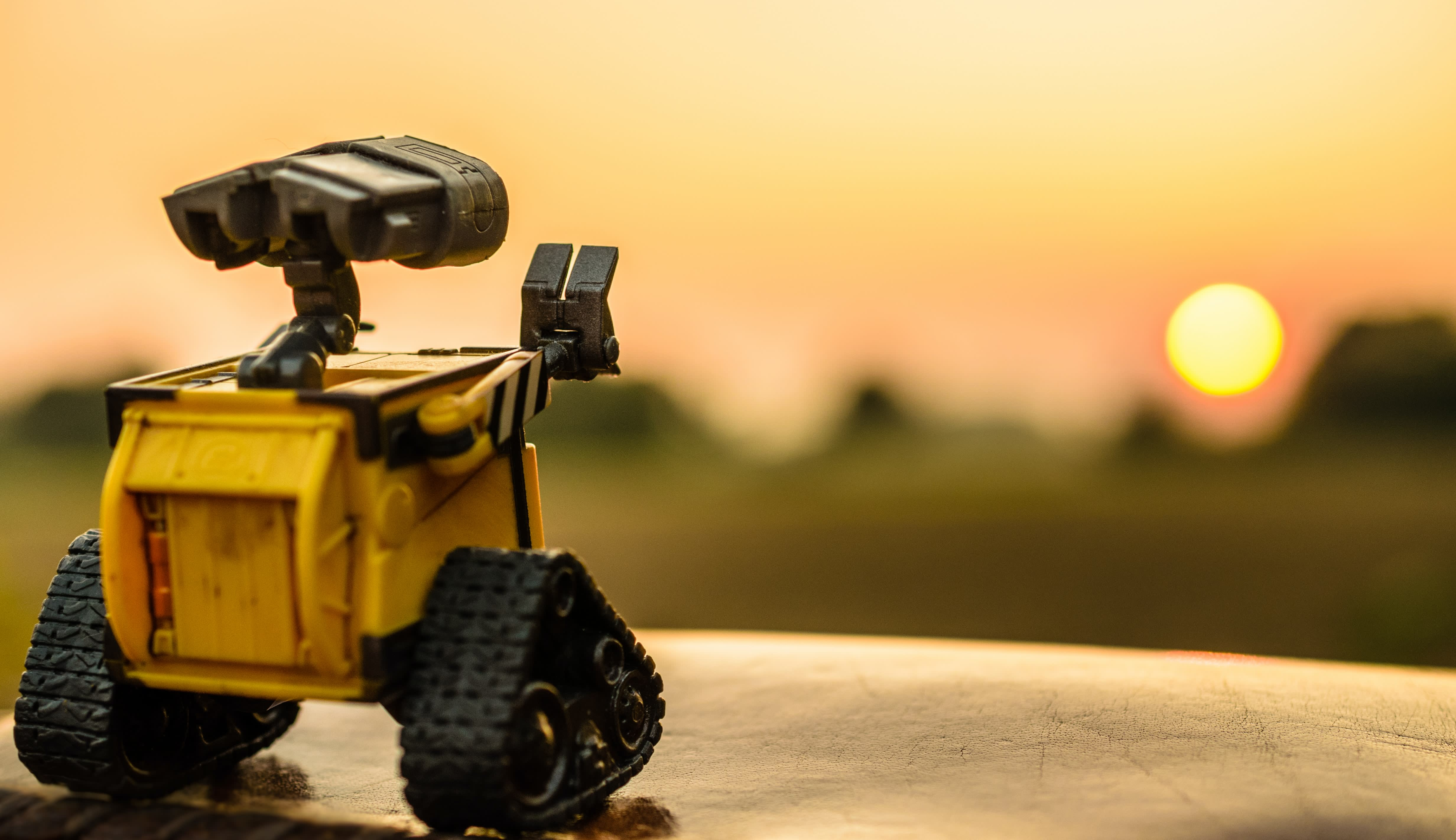 How to invest in robotics and artificial intelligence
