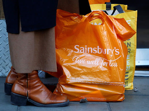 Sainsbury: unexpected short position in the bagging area