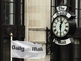 Dacre sells at Daily Mail