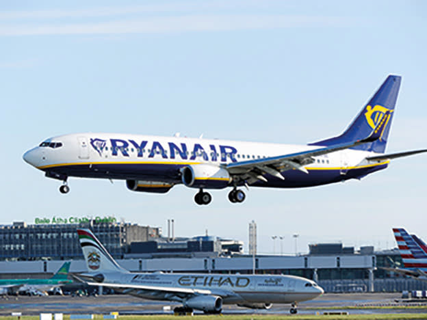 News & Tips: Ryanair, International Consolidated Airlines, Kier & more