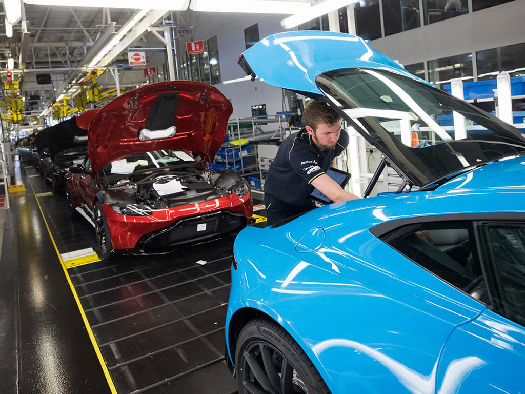 Aston Martin completes rights issue