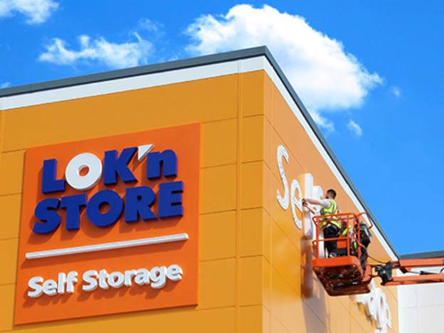 Lok'n Store scales up