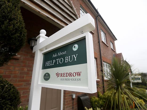 Redrow warns on profits amid retreat from London