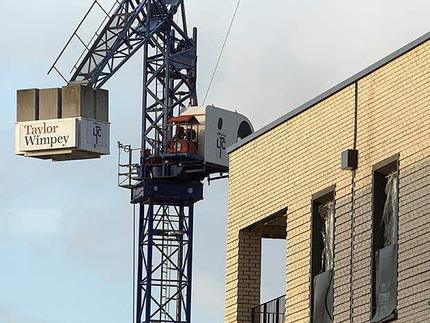 Taylor Wimpey raises £522m to buy cut-price land