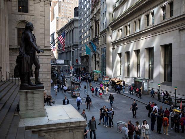 Wall Street sets high bar for UK banks