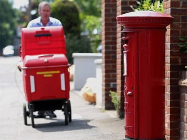 Royal Mail narrows full-year guidance