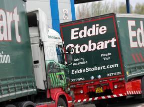 Eddie Stobart shareholders back Dbay rescue bid