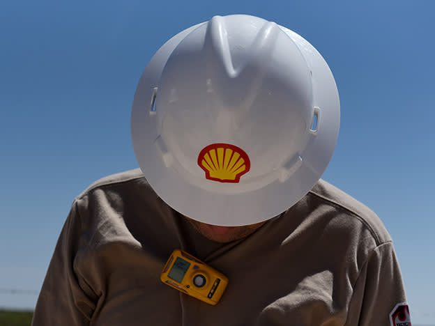 Shell caps off tough 2020 with higher payout