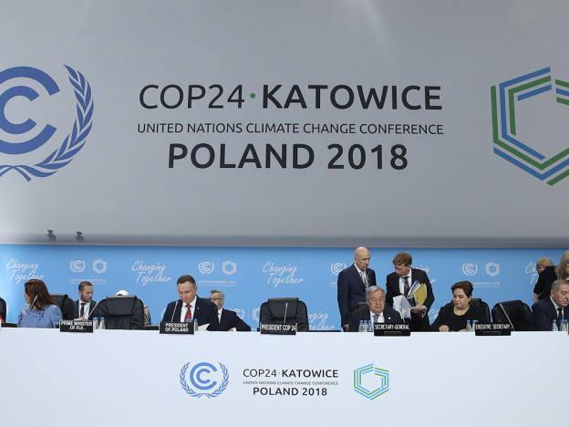 Investors warn of climate crash