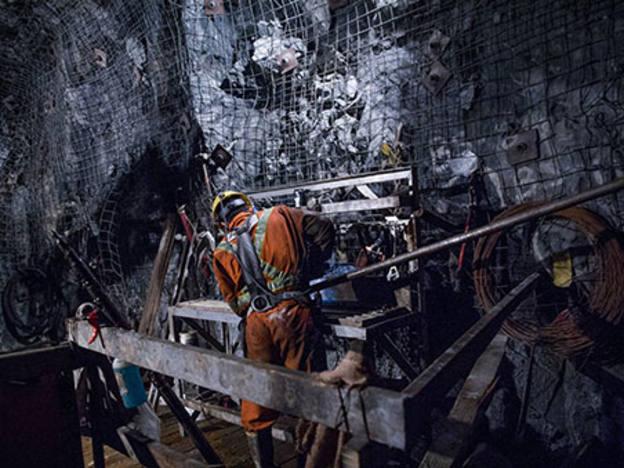 Glencore hit by DoJ probe