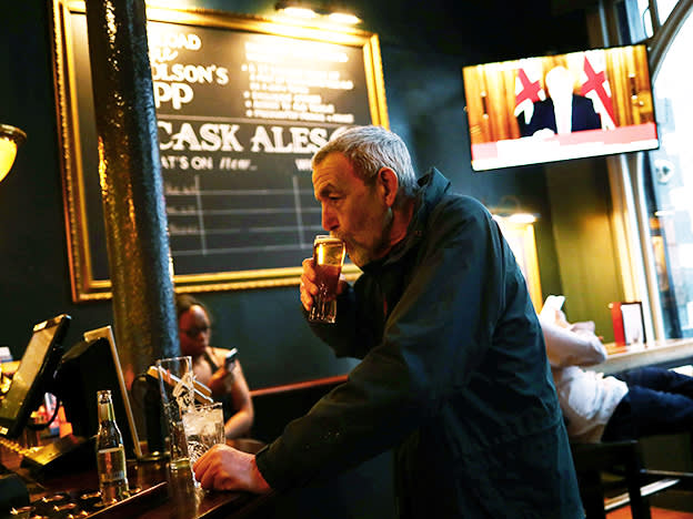 The pubs may be reopening but investors have little to drink to