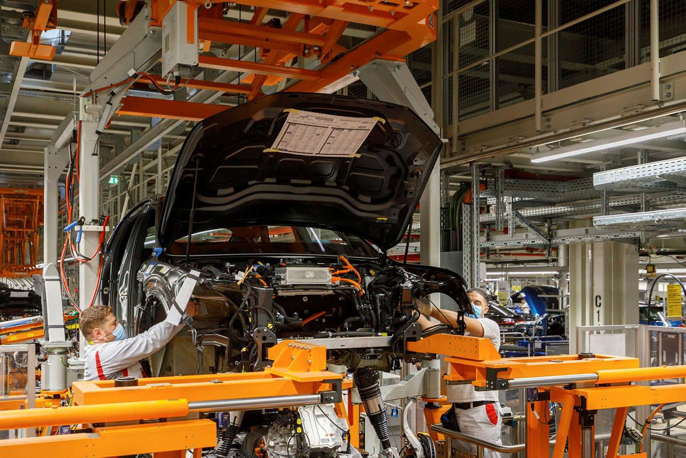 The Trader: Improving economic outlook as new quarter begins