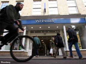 WH Smith plans high-street closures