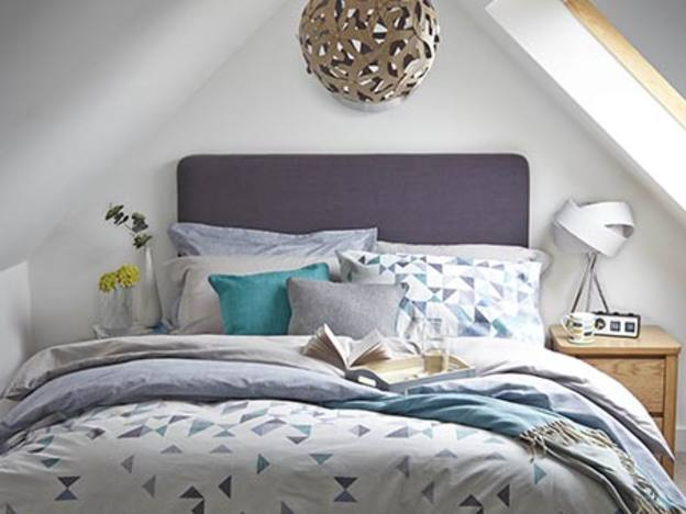 Dunelm reports strong fourth quarter