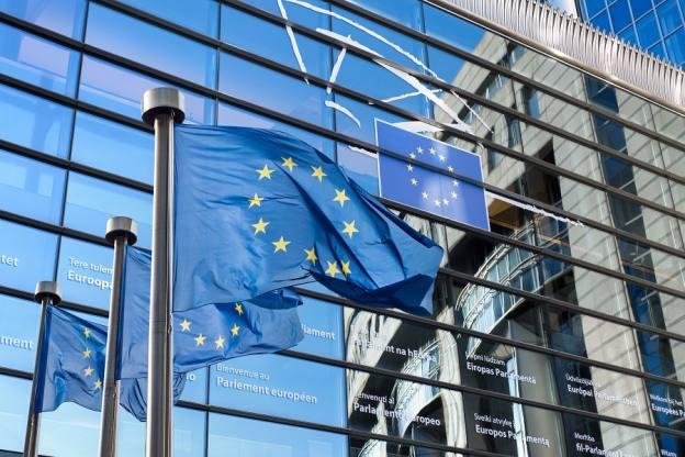 Earnings season previews, recovery signs & EU summit: the week ahead