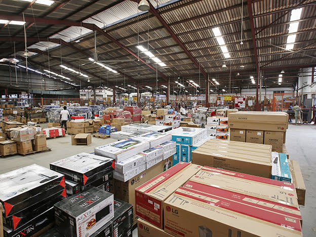 Warehouse Reit targets £100m in fundraising