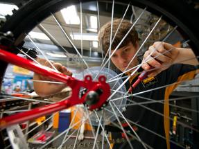 Halfords trading beats expectations