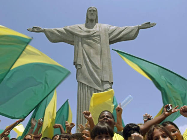 Brazilian economy in hands of World Cup flops