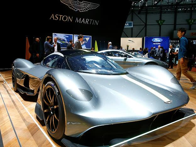 Aston Martin in talks with investors