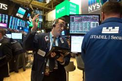 The Trader: Stocks look to rally but eyes on yields again