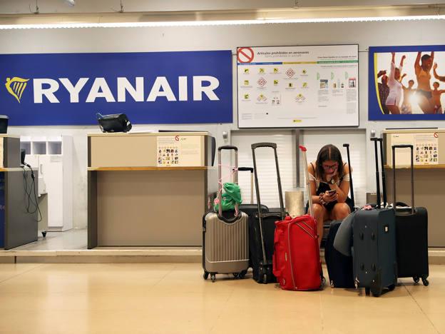 Ryanair half-year profits fall