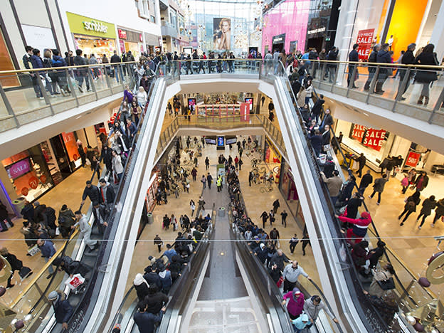 Hammerson aims to raise £825m via rights issue and disposal