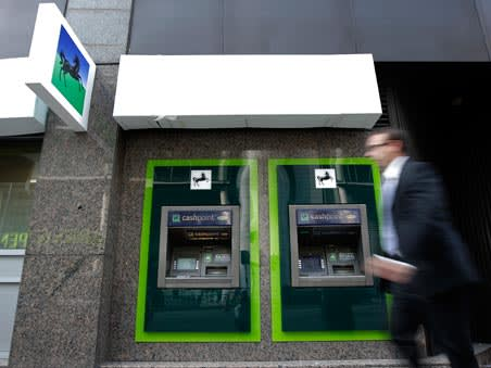 <p>Sipps, Isas and trading accounts invested in funds and shares, cash</p>