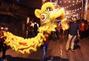 Market Outlook: Hong Kong turmoil risk roils markets