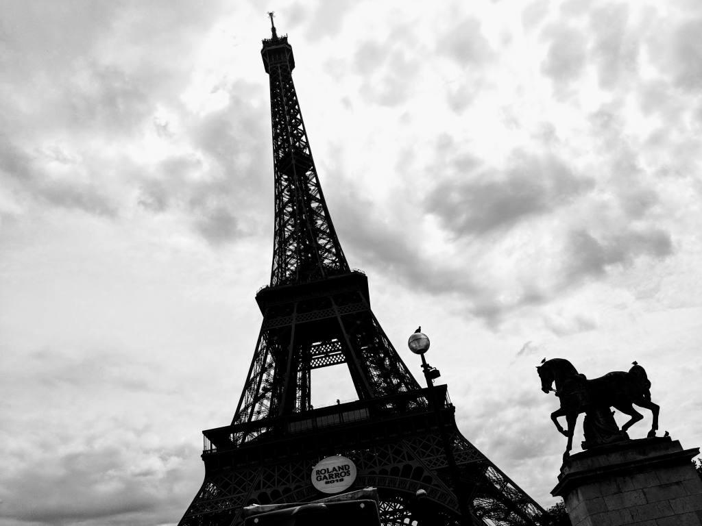 Le Tour Eiffel, thanks Google!