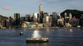 Article image: Banks warn travel quarantine threatens Hong Kong's international status
