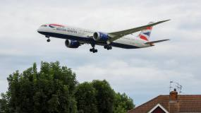 Article image: IAG: cautious summer schedule signals late take-off for recovery